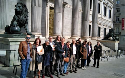 Miembros del comité de empres a la salida del congreso de los diputados